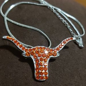 Sparkling bull necklace\Brooch